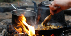 Henrik_Wester_cooking_fire_01