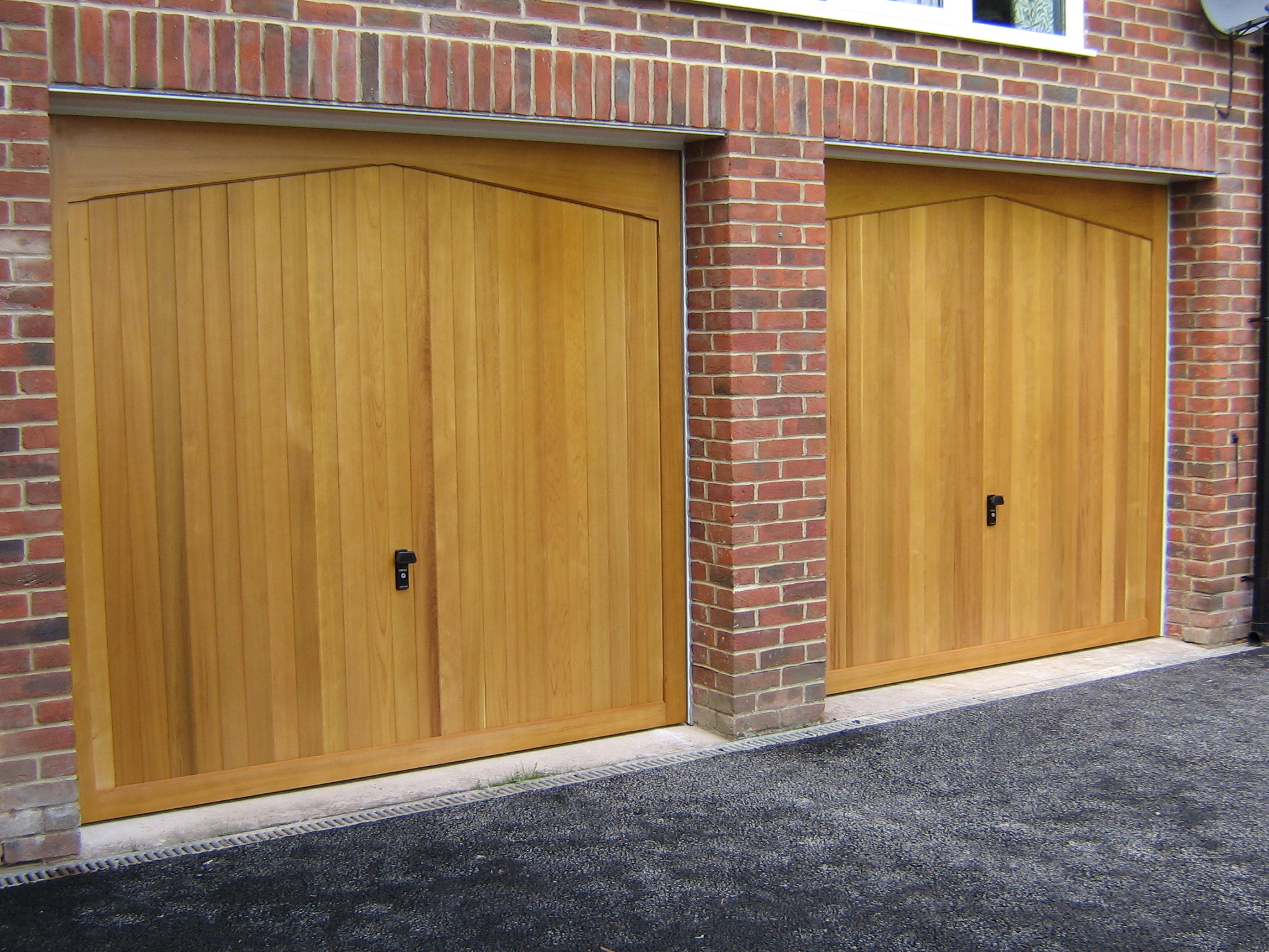 Do Garage Doors Help The Value of Your Home?