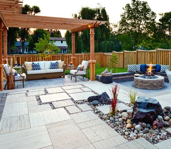 e7d6d2fd46d963c4fe5ebb6db6d4b8e7--backyard-patio-designs-patio-decks