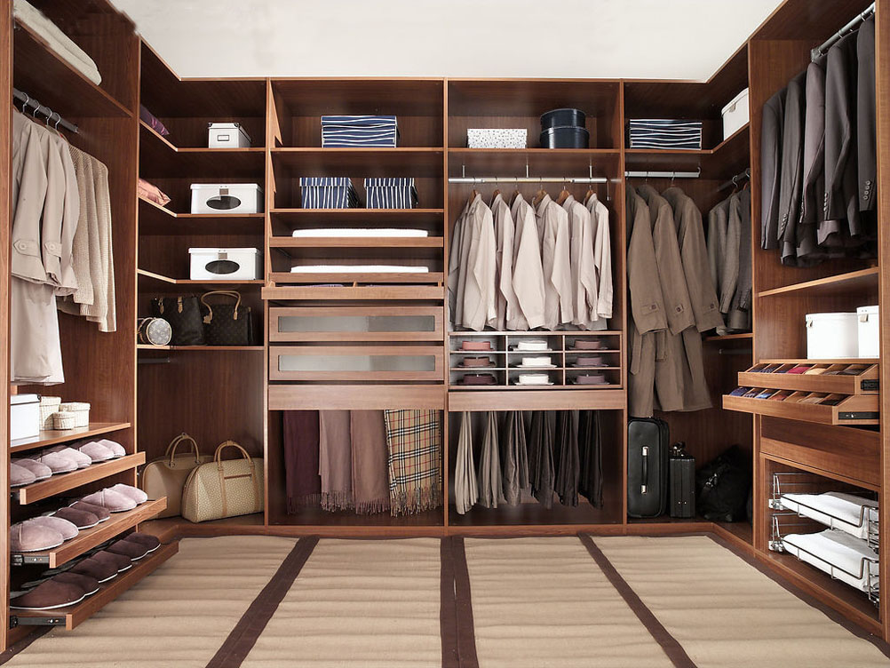 Get That Walk-in Closet on a Budget